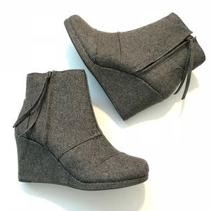 Toms Desert Wedge High Ankle Boots Grey Wool